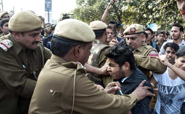 The Most Absurd Thing About Ramjas College Violence Issue