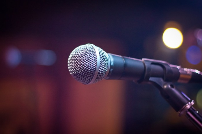 The Open Mic Comedy Scene in Ahmedabad Needs RealAudience